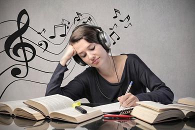 Занятия музыкой помогают думать